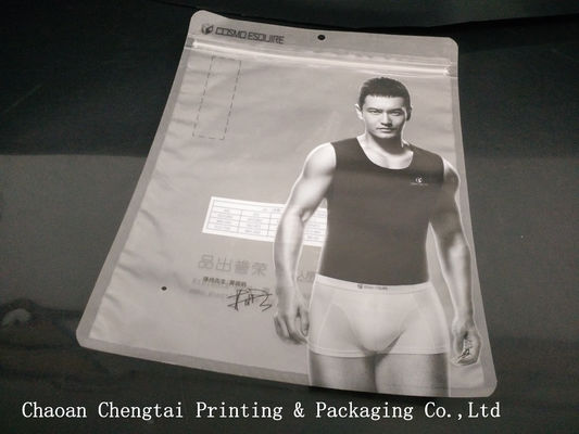 Cina Reusable Garment Clothing Packaging Bags With Clear Window / BOPP Lamination Distributor